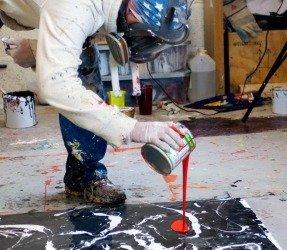 swarez-doing-some-painting