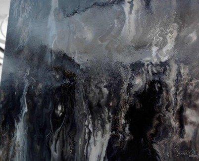 Heavy black gloss enamel paint