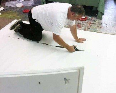 Canvas cutting