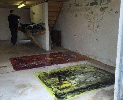Paintings on a screeded floor