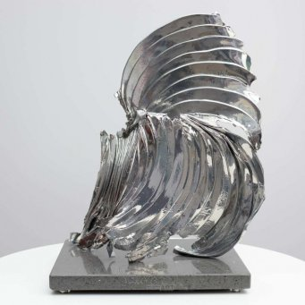 catch-22-scuplture-in-chrome-6