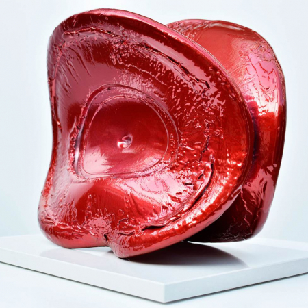The Long Kiss Goodnight sculpture