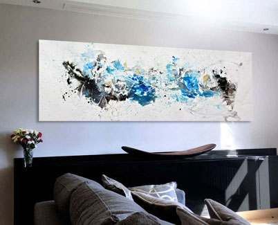 Blue-and-white-contemporary-art-in-a-living-room
