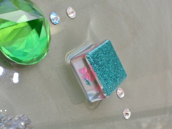 turquoise and pink resin cube