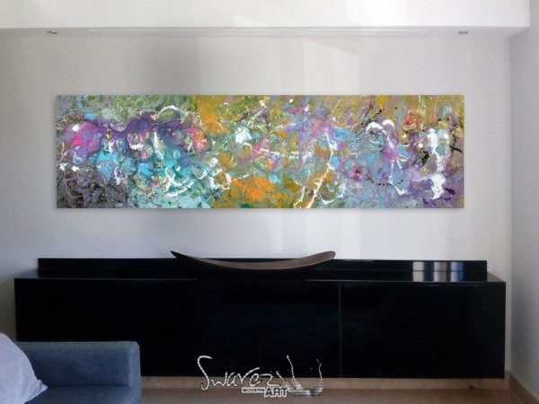 long art above console table