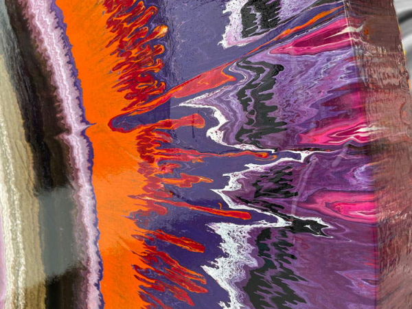 paint details on canvas